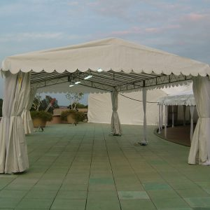 A-shaped tent (2)